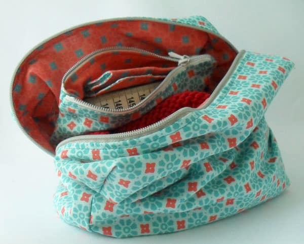 sew-a-project-bag-in-knitting